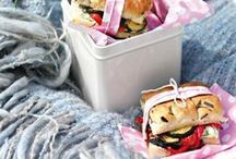 Sandwiches - Vegetarian & Vegan Recipes / Lunch can be a bit boring. These sandwiches, wraps and toasties are guaranteed to perk up your midday snack. All recipes are vegetarian or vegan and perfect for a packed lunch for working lunches or school lunches. #lunch #packedlunch #lunchbox #lunchtime #veganlunch #vegetarianlunch