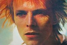 Bowie / The legend, the icon, man of the ages