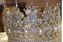 Crown Me! / by Annette Wells