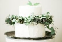 w e d d i n g c a k e s / Pretty, tasty, rustic, chic, gorgeous and scrumptious wedding cakes..... / by MagnoliaRouge