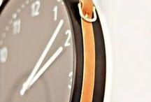 CLEVER CLOCKS / Brilliant wall clocks and desk clocks made with alternative materials