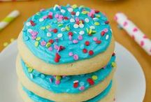 Sweet Eats To Try / Wow Desserts, Twists on Favorites, Cookies, Cupcakes & anything else Sweet! / by Christie :o)