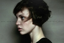 sHorT HaiRcUts / by Tiffany Hammer