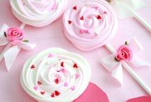 Sweets / by Inbar Lilah coriat