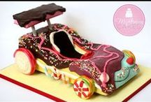 Cake Tutorials / by Christie :o)