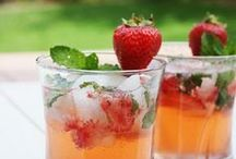 Drinks for Entertaining Friends / by Viki