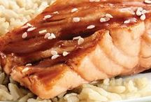 Quick Fish Recipes / Fish is a great alternative for the busy weeknight dinner! These quick seafood recipes are great for the whole family!