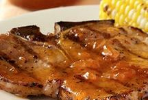 Pork Chop Recipes / Delicious and easy pork chop recipes that you can make at home tonight. / by ReadySetEat