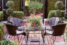 Beautiful Outdoor Spaces / by Donna Kahansky