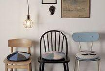 Je veux des chaises / by Marion Crozet