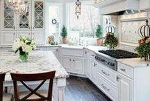 Kitchens / by Mandy Turner