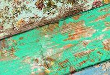 wood / by Piccolecose