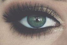 Green-Eyed Girl / One of the rarest eye colors in the world