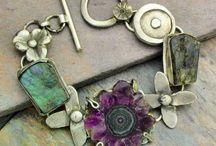 JeWeLRy: BRaCeLeTS... / Lots of bracelet making ideas. / by Crystal Allison