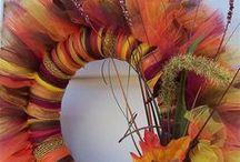 Door Dressings / Paint colors, wreaths & other ideas for your doors...