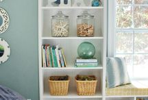Organization / Organizational tips & tricks on how to get your kitchen, bathroom, office and home in general more organized!