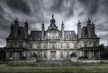 Castles and mansions / by Jeanee Allen