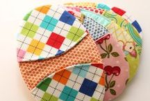 Easter Sewing Projects / These Easter craft ideas are sure to help you get in the holiday spirit. Here you'll find fun Easter crafts and Easter decorations to make this season.  / by AllFreeSewing