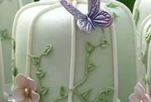 cakes,cakes and more cakes / by Jeanee Allen