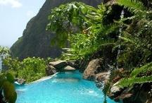 Karibik / Die Karibik ist eine Region im westlichen, tropischen Teil des Atlantischen Ozeans nördlich des Äquators. Sie besteht aus dem Karibischen Meer und den dort gelegenen Inseln und Inselgruppen (Westindische Inseln)... http://de.wikipedia.org/wiki/Karibik