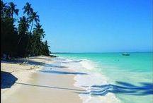 Afrika - Indischer Ozean / Der bis zu 8047 Meter tiefe Indische Ozean ist mit 74,9 Millionen km² Fläche (ca. 14,7 % der Erdoberfläche) der drittgrößte Ozean der Erde. Er grenzt an den Antarktischen Ozean, den afrikanischen, asiatischen und den australischen Kontinent und fasst ein Volumen von ca. 291,9 Mio km³... Quelle: http://de.wikipedia.org/wiki/Indischer_Ozean