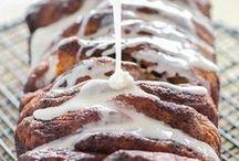 breads / easy bread recipes, homemade, banana, flat, sweet, pumpkin, Italian, healthy, quick, yeast, artisan, dessert, zucchini, Monkey, french breadmaker, sourdough, whole wheat, sandwich, breakfast, wheat, apple, white, gluten free, crockpot, cranberry, beer, corn, amish, foccacia, garlic, savory, crusty, holiday, panera, loaf, leftover, cinnamon, hawaian, Christmas, stuffed, cloud, simple, rye, no knead, naan, pita, multi grain, oatmeal, paleo, low carb, lemon, vegan, herb, baking, cheese, pull apart
