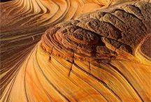 USA - Südwesten - AZ - Vermilion Cliffs / Vermilion Cliffs National Monument ist ein Naturschutzgebiet vom Typ eines National Monuments im Coconino County des US-Bundesstaats Arizona. Es umfasst ein Hochplateau mit Wüstenklima, das an den namensgebenden Klippen zum Colorado River abfällt, mehrere Canyons und andere Felsformationen... Quelle: http://de.wikipedia.org/wiki/Vermilion_Cliffs_National_Monument