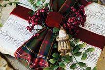Christmas-Wrap it Up / gift wraping / by Miroslawa Pustelnik
