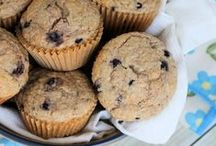 Muffin Recipes / Muffin Recipes with a focus on those that are healthy and easy. Great Breakfast Muffins!