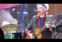 Video - Musik - Stones / The Rolling Stones sind eine 1962 gegründete englische Rockband. Sie zählen zu den langlebigsten und kommerziell erfolgreichsten Gruppen in der Rockgeschichte. 1989 erfolgte die Aufnahme in die Rock and Roll Hall of Fame... Quelle: https://de.wikipedia.org/wiki/The_Rolling_Stones