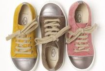 clothes for the tot / clothing for little kids shoes for kids