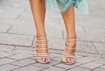* SHOE SPECTACULAR * / SHOW STOPPER SHOES!