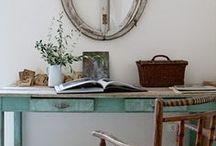 Brocante hobby- en werkkamer / Je eigen plekje, helemaal in je eigen stijl. Met een brocante inrichting is werken zo erg niet meer...