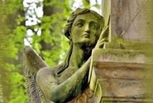 Cemeteries, Mourning Items & Statuary