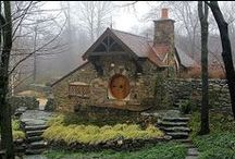 { home } homestead farmhouse / by Simone Owings