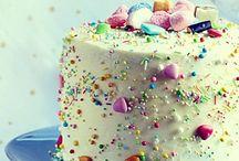 Cakes / by Vero G.V.
