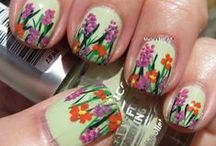 Spring and Summer Nails / The hottest hues for spring/summer / by CutexUS