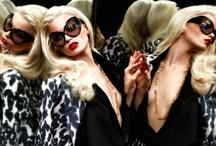 I love Fashion / by Leonie Geldenhuys