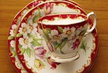 Cups and saucers / by Nekane Bacigalupe