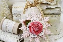 Pretty Packages / by Gwen Lafleur