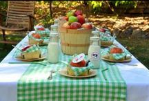 Apple Party Ideas / Red or Green, Apples are the theme for a lovely Fall party! / by Michelle Wise @ That Party Chick