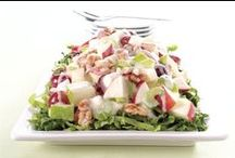 SALAD RECIPES / There's something just so nostalgic about a sweet salad with marshmallows!