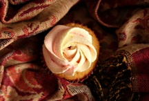 ~Cake 'n Cupcake Inspiration! / Inspired cake (and cupcake) decoration.