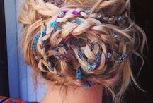 hair & beauty / by Mia Jasinski