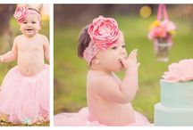 First Birthday//Cake Smash / by Sarah Andres