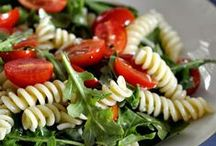 Salads and Dressings / Side salads, entree salads, and dressings to try.
