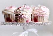 Mini Cakes/Pies / a sweet collection of mini cakes, cupcakes and little pies and tarts!  Adorably small. and hand-held.