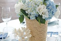 Flowers and Centerpieces / by Amanda Benedict