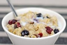 A Meal Of Oats / This classic #breakfast staple comes in many forms and flavors. From the #classic to the #exotic, this board is all about #oatmeal #recipes.