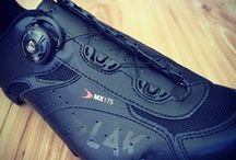 Mountain Bike Shoes / Looking for Mountain Bike Shoes? Choose from a great range of cycle clothing and Mountain Bike Shoes at Salt Dog Cycling. Free Delivery Available.